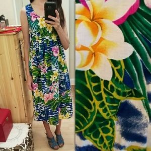 Vintage Two Piece Hawaiian Dress and Top S-M